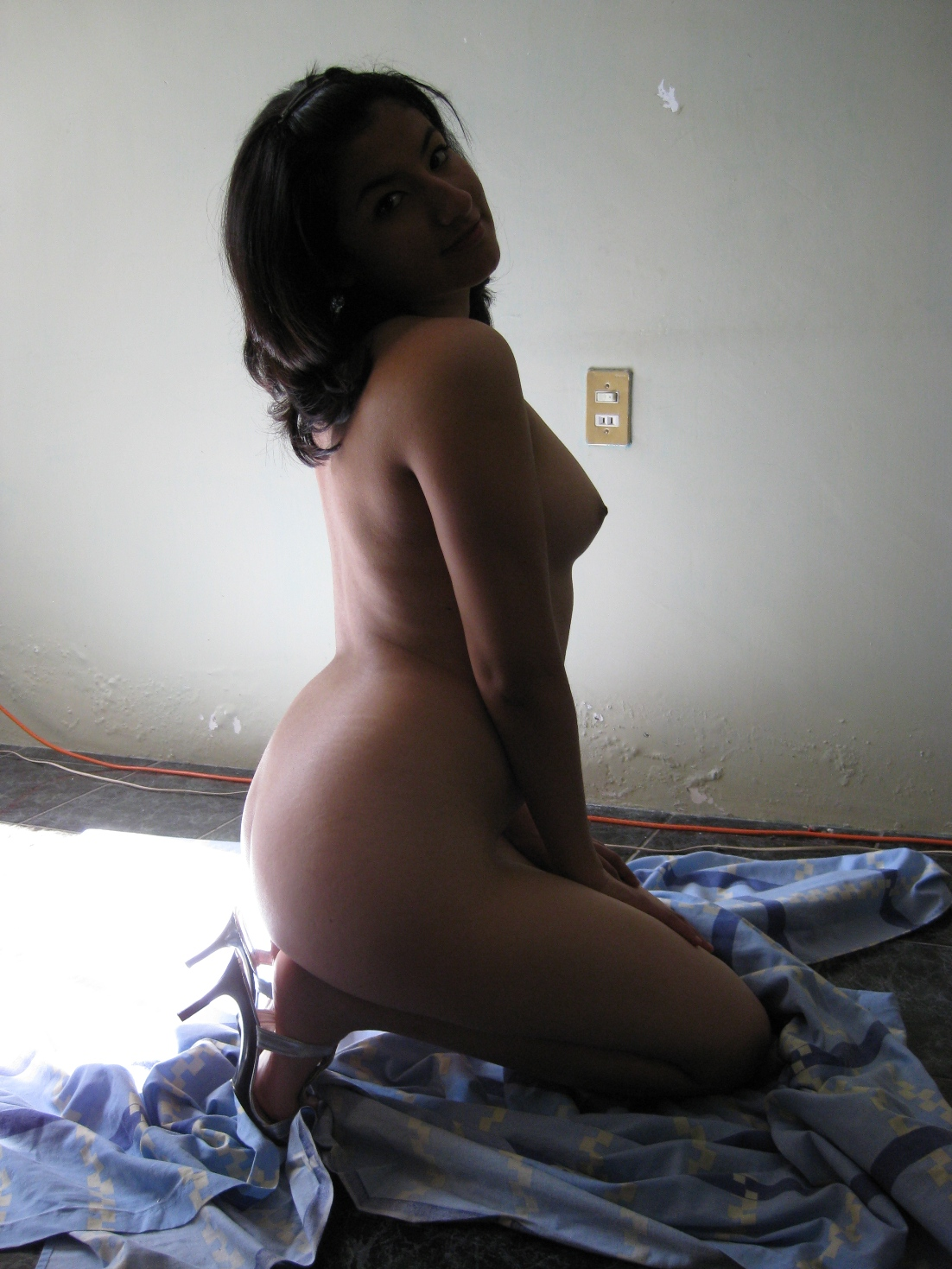 Nude mexican girl