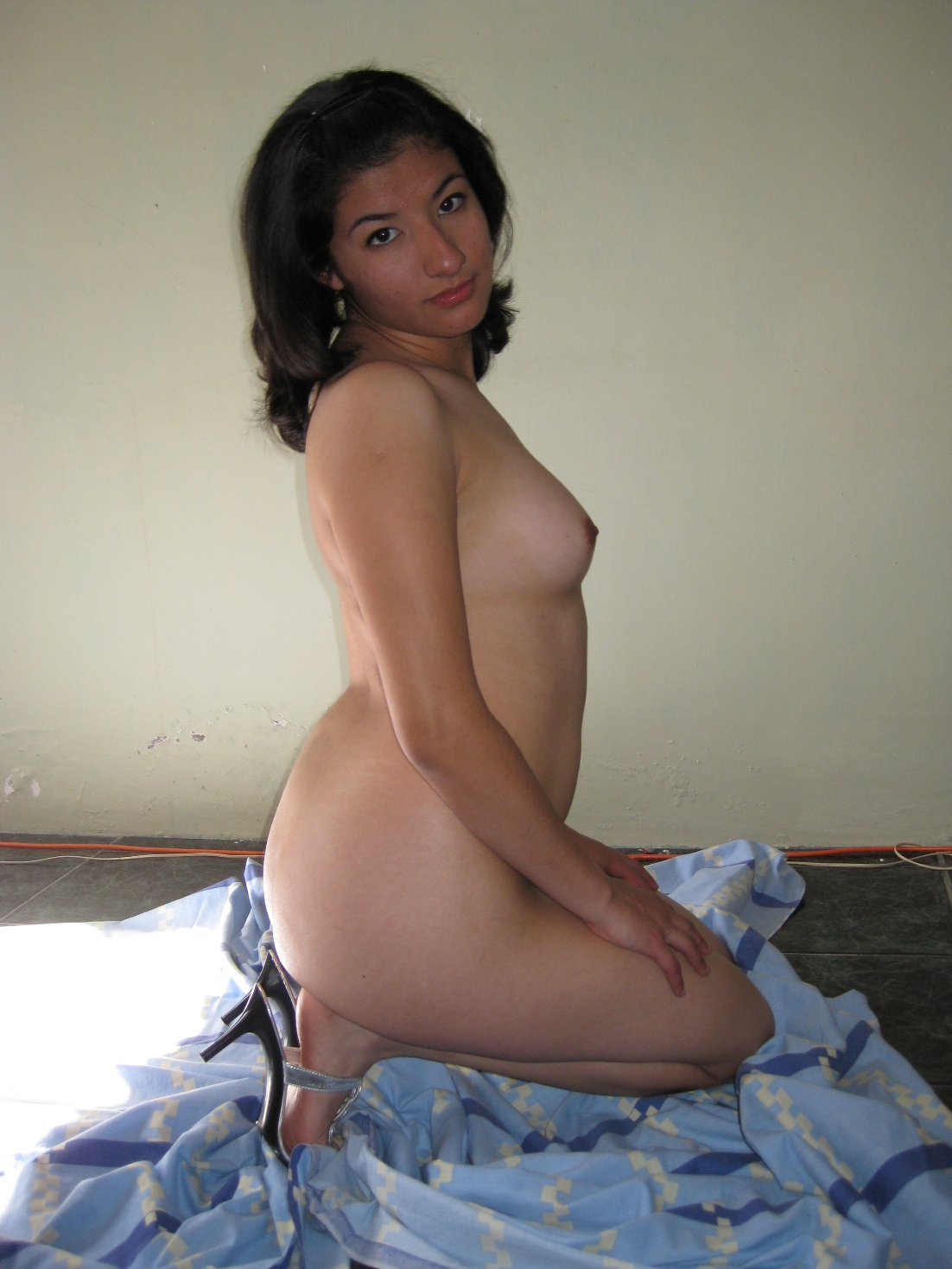 Interracial amateur deep sex
