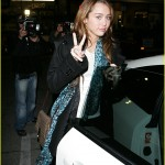 miley-cyrus-starbucks-sweet-02