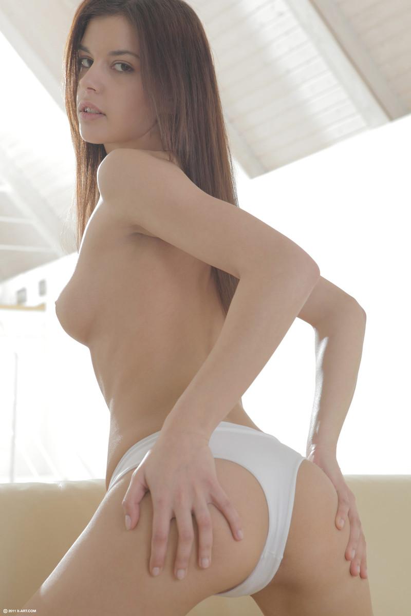 Sexy nude pics of busty latinas