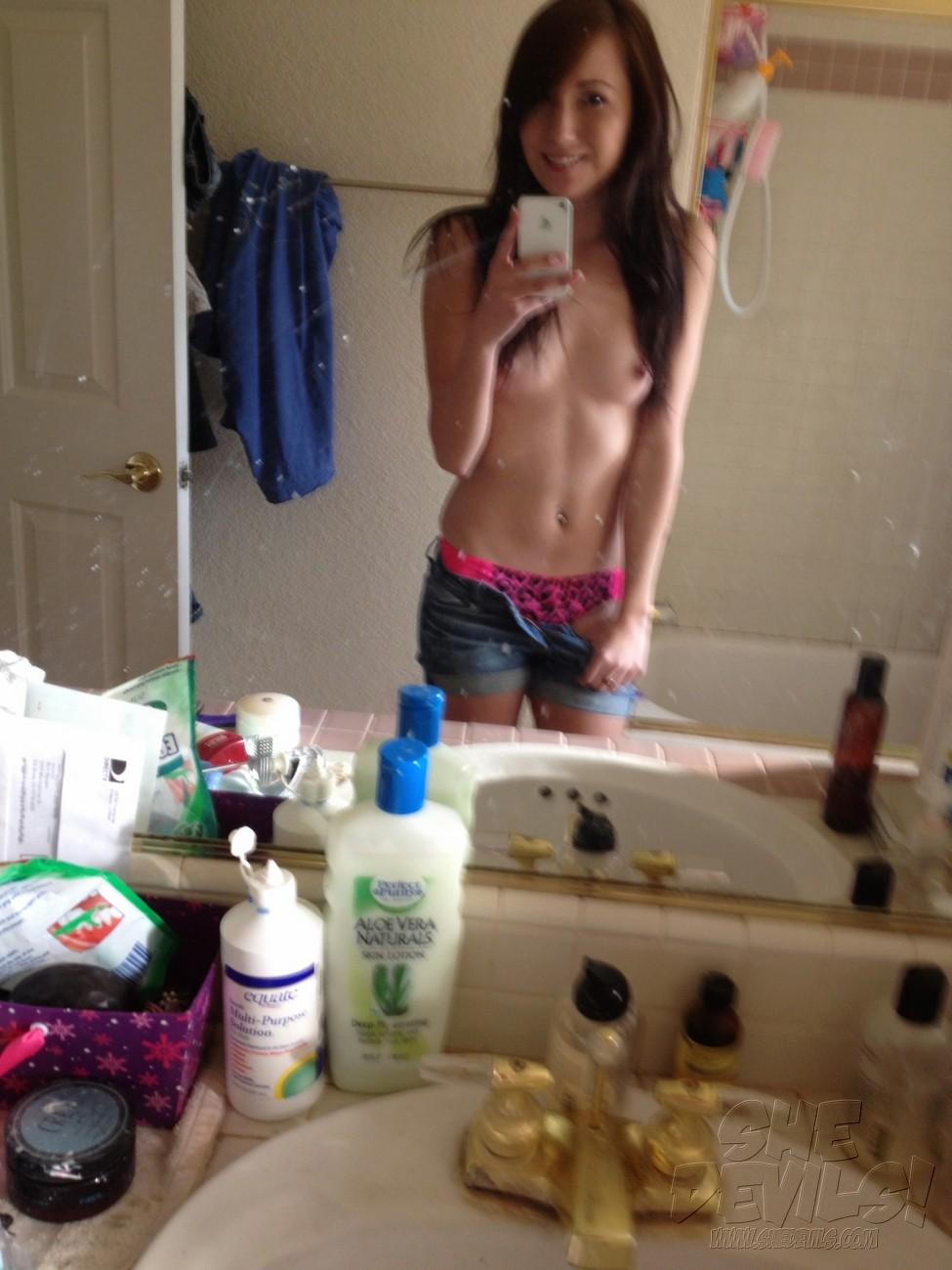Nude beautiful young-6242