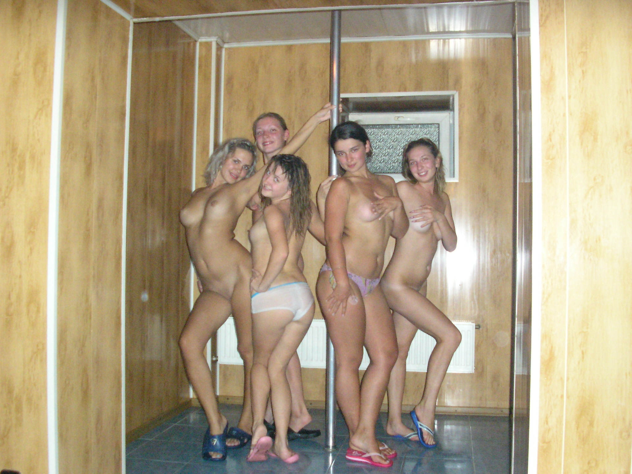 Group Teens Shower Tits