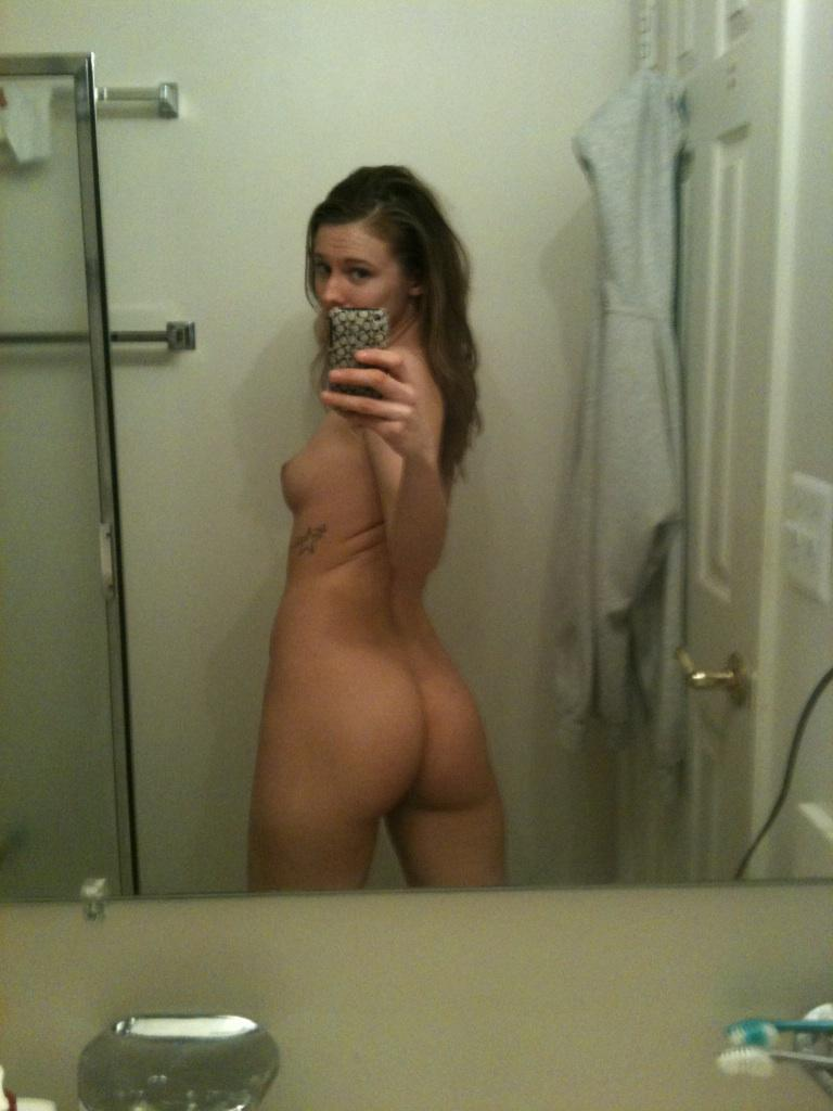 Nude pics of girlfriend consider