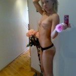 naked_blonde_exgf_070