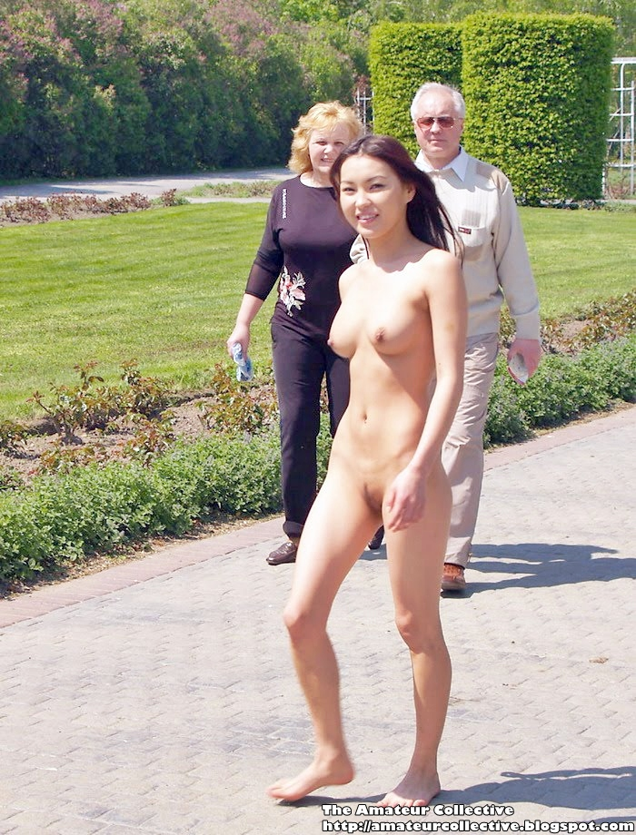 Asian Exhibitionst Walking Around Nude In Europe  Nude -8506