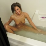 val_midwest_bathtub_teen_05