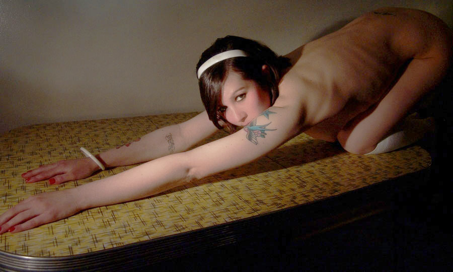 nude beach girl modles