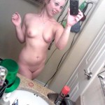 naked_iphone_pics_05