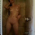 naked_german_showering_03