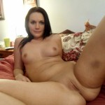amateur_shaved_pussy_girl_09