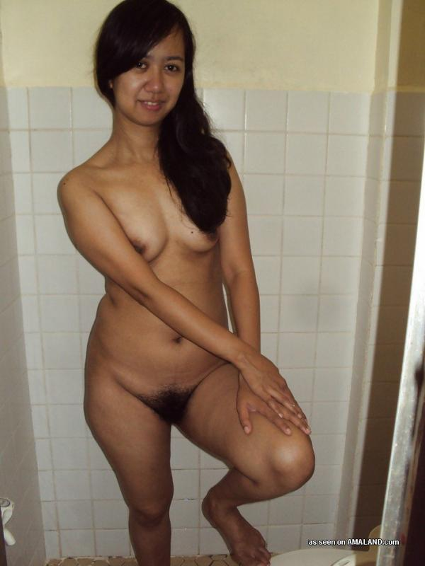 A sexy little filipina milf 7