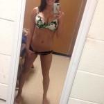 busty_nude_selfies_01