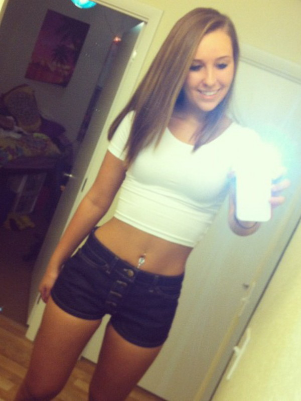 Hottie Nicky Gile Sexy Teen With Tight Body Selfies  Nude -3446