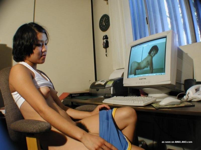 Naked girl mastbate xxx — 3
