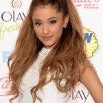 Ariana_Grande_Teen_Choice_Awards_in_LA_August_10_2014_36-08112014115934u