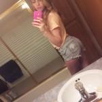 Kendra_selfie_booty