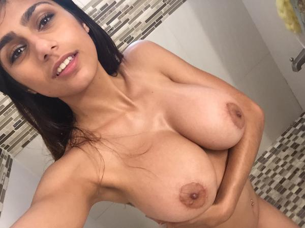21yo hot sexy girl masturbates to cum 1 full 2