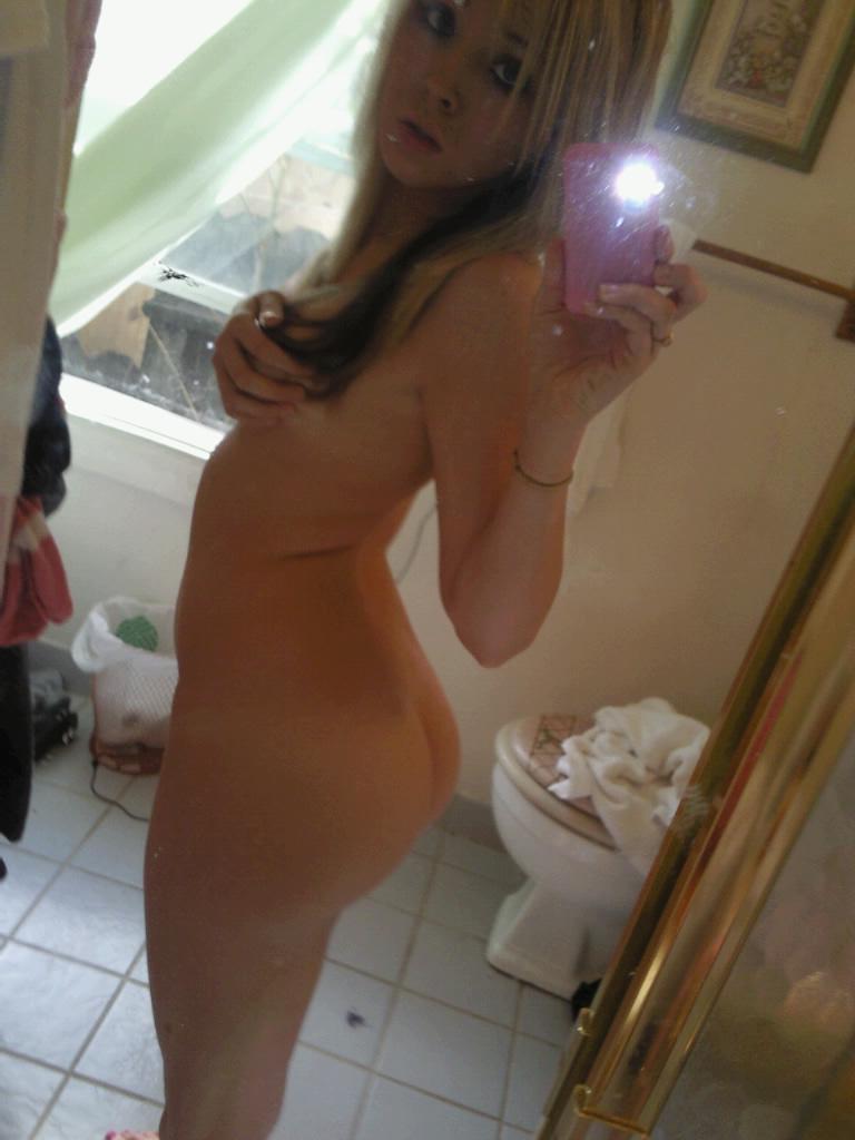Ass Selfie Porn Blonde sexy blonde teen gf nude selfies | naked teen girls