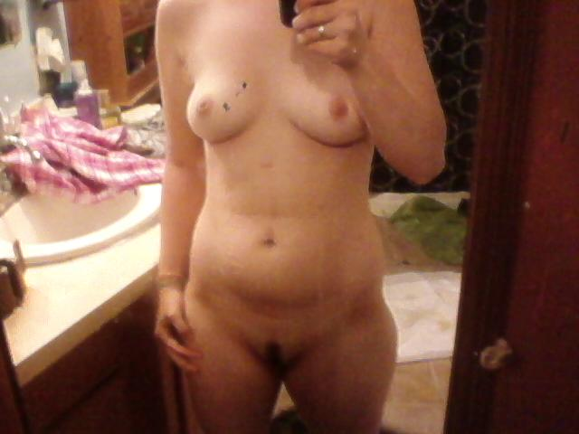 Busty Teen Lisa Big Boobs  Pussy Selfie Pictures  Nude Amateur Girls-6295