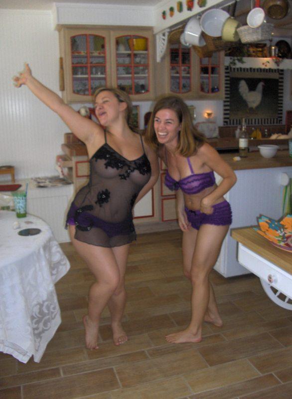 Nude corona girls pics, free hot navajo girl pics