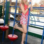 olivia-holt-hot-bikini-pics-1593038247