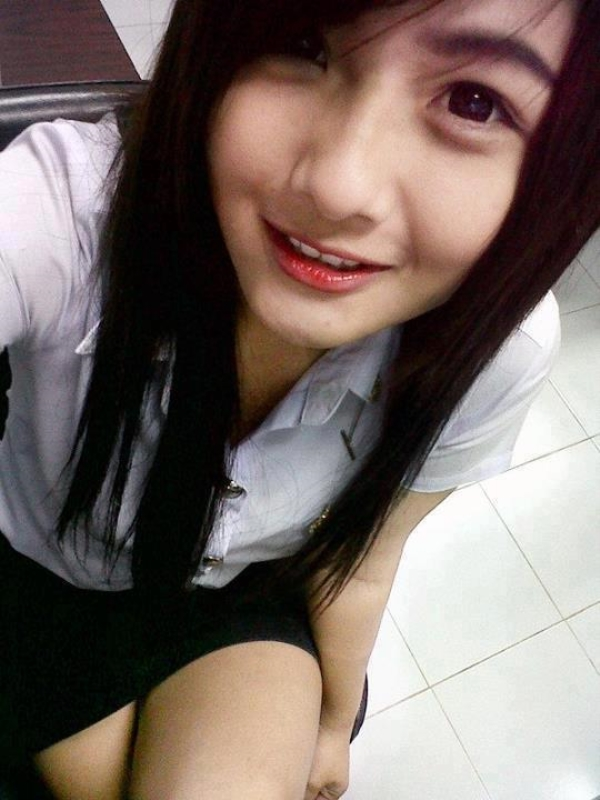 Naked teen mix girls laying down