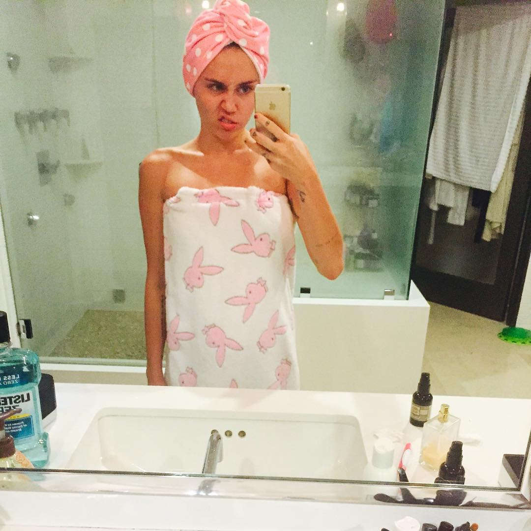 cyrus topless amateur Miley