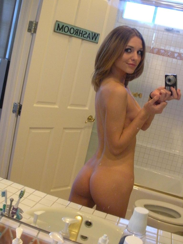 nude selfies in the bathroom
