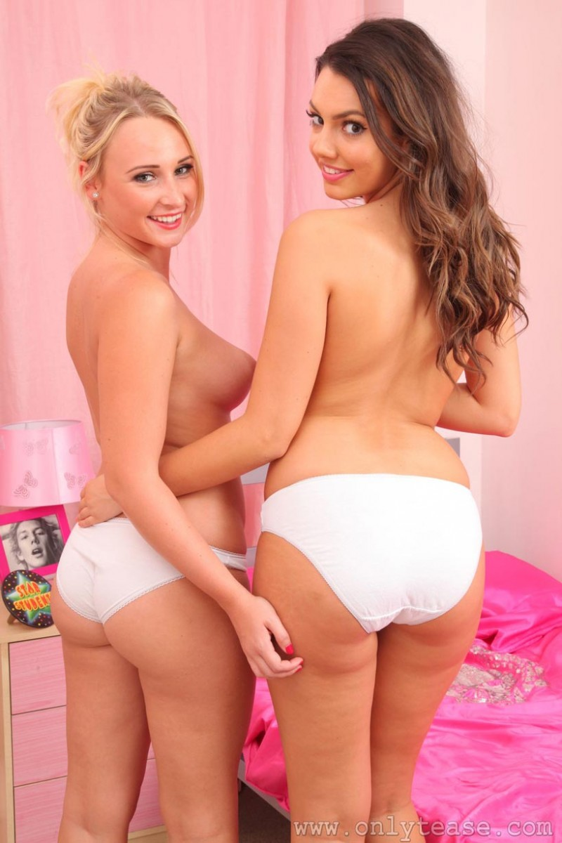Stripping girls pics — img 7