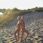 blonde_teen_with_girlfriend_013