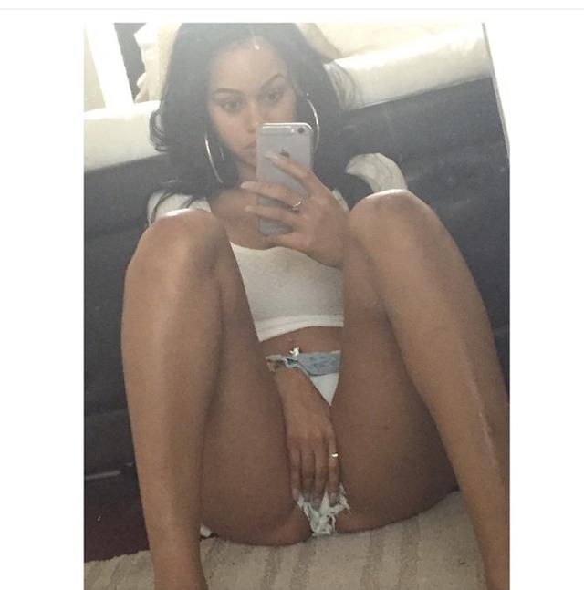Big Tits Black Escort Girlfriend From Illinois  Nude -3315