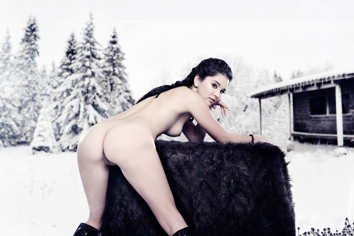 Really nude women in the winter