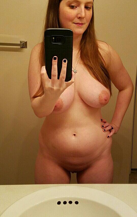 Massive Tits On Nude Amateur Girls Selfies  Nude Amateur -5508